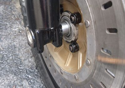 problems fitting front wheel